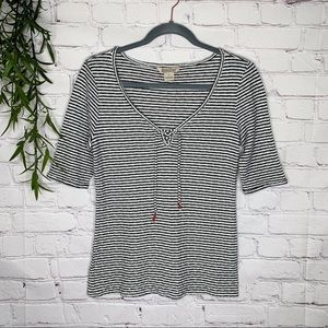 Lucky Brand Striped black & white red accent med